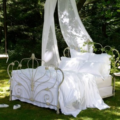camille_bed_1